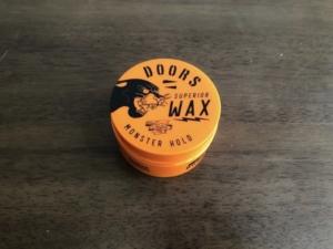 ドアーズWAXのモンスターホールドレビュー!軽いのにしっかりとしたキープ力と香水の様な香り